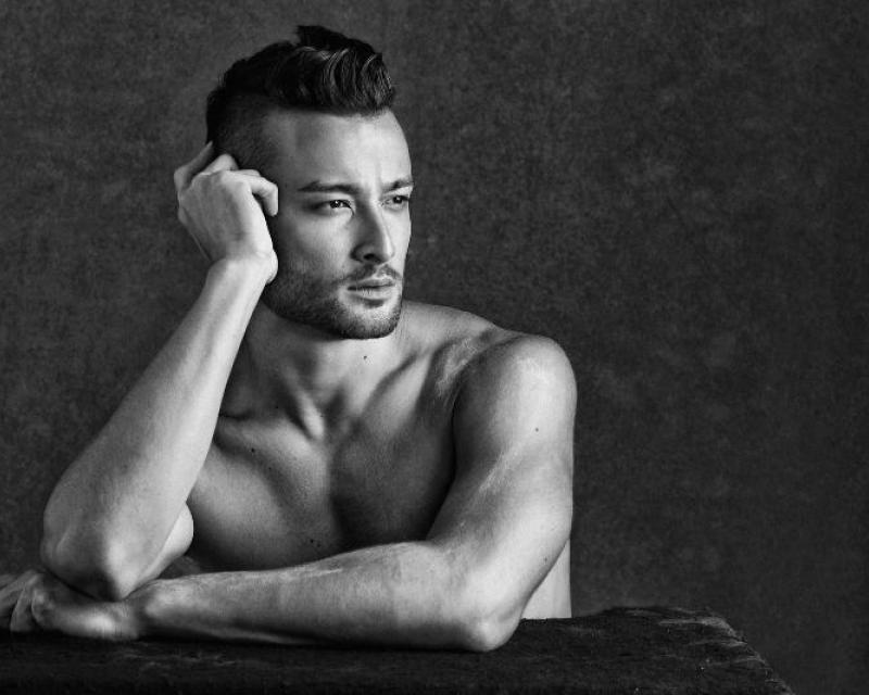 Mark Kanemura Full Headshot